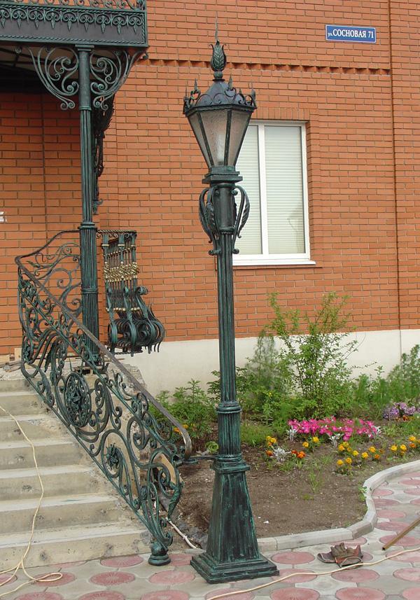 хотел проверить кованые фонари для сада фото современное
